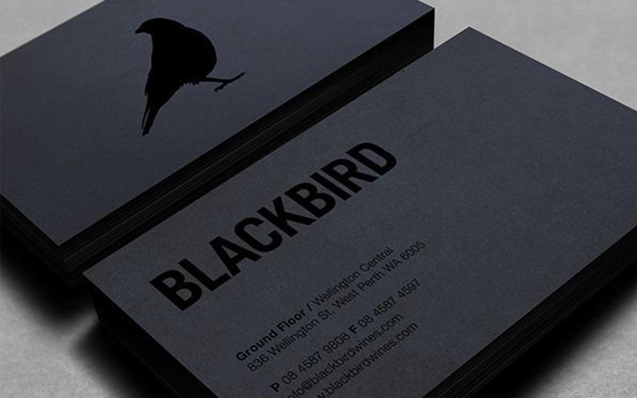 черные визитки с лаком